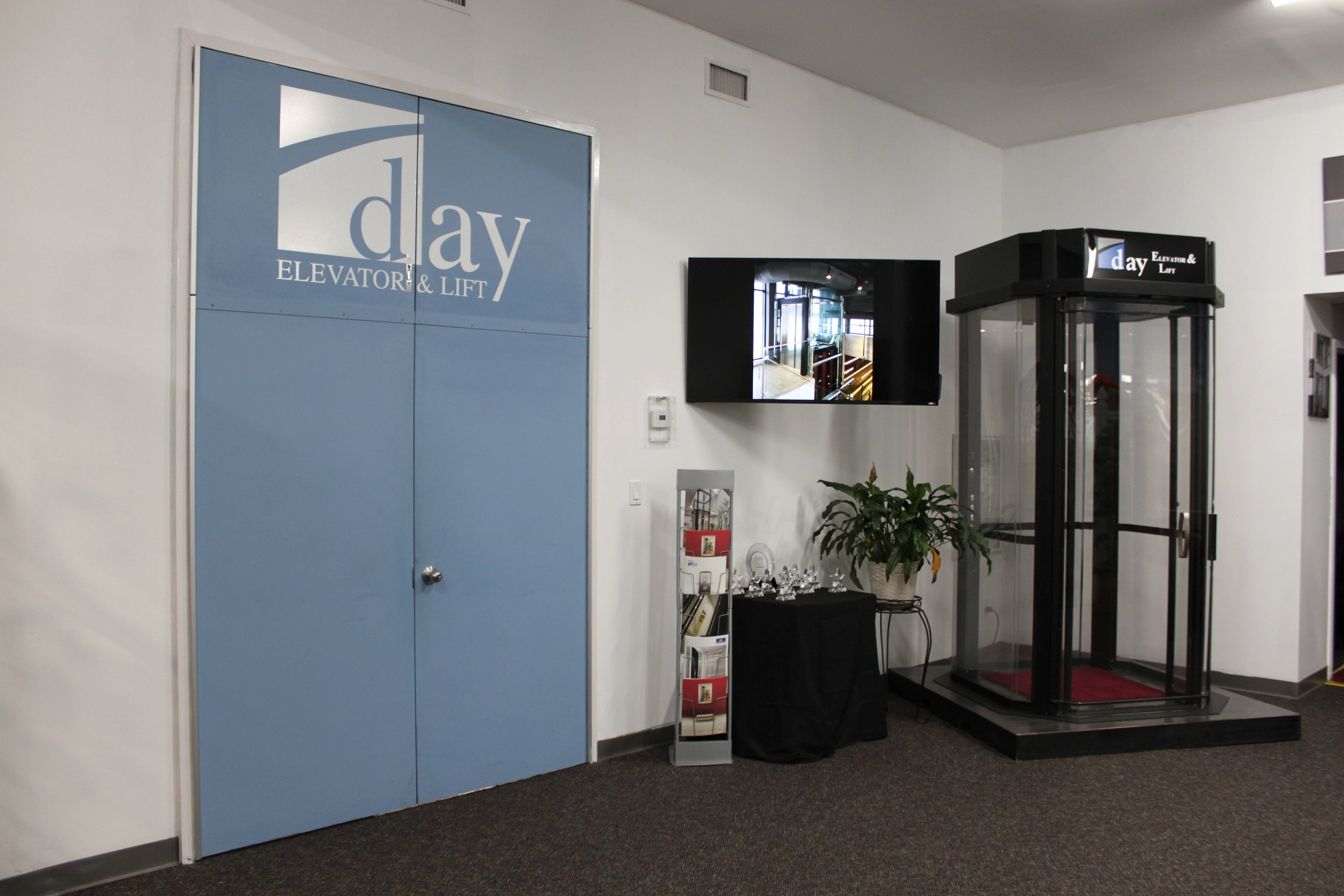 Choosing the Right Residential Elevator