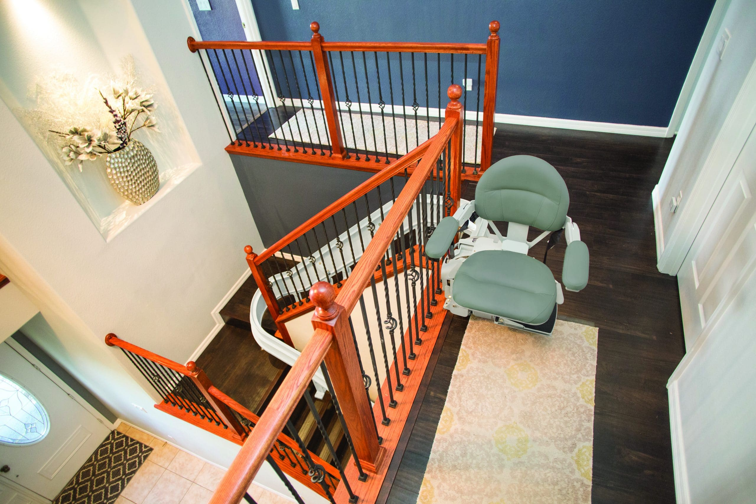 Stair lift for Curved Stairs